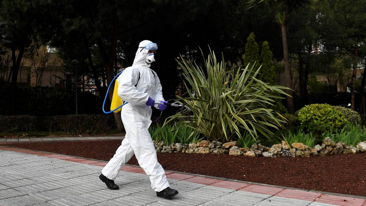 Spain virus death toll tops 10,000 after record 950 deaths