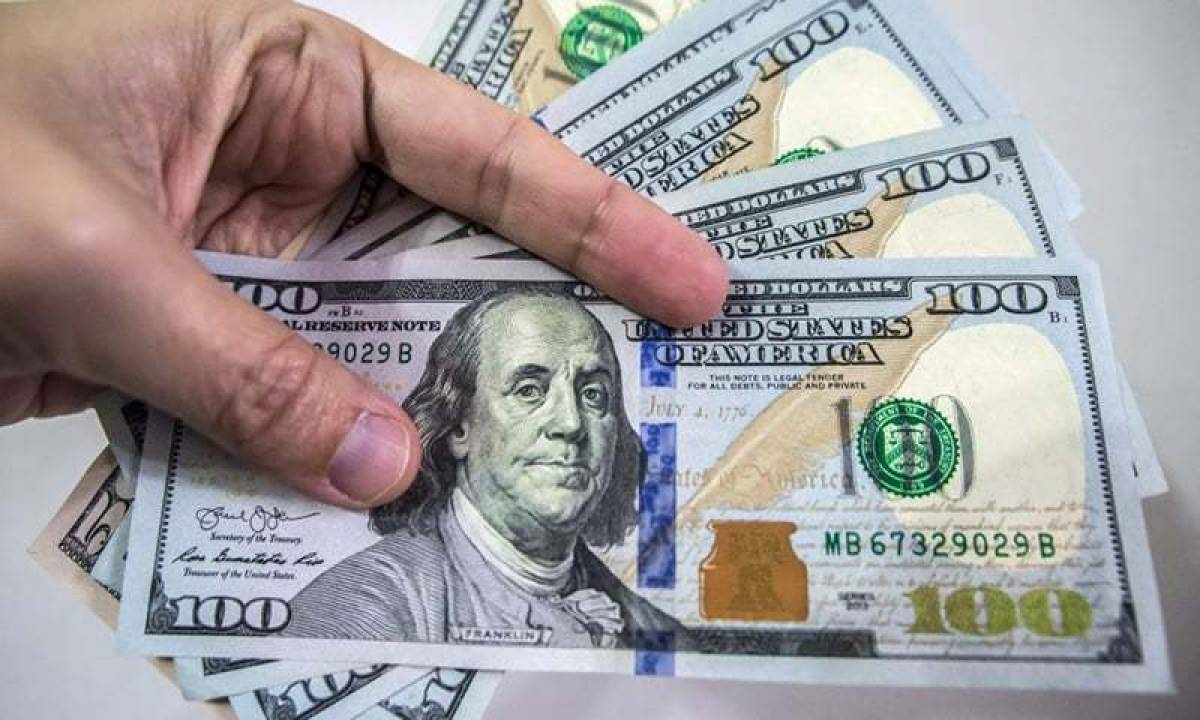 US dollar loses Rs1.45 against Pakistani rupee