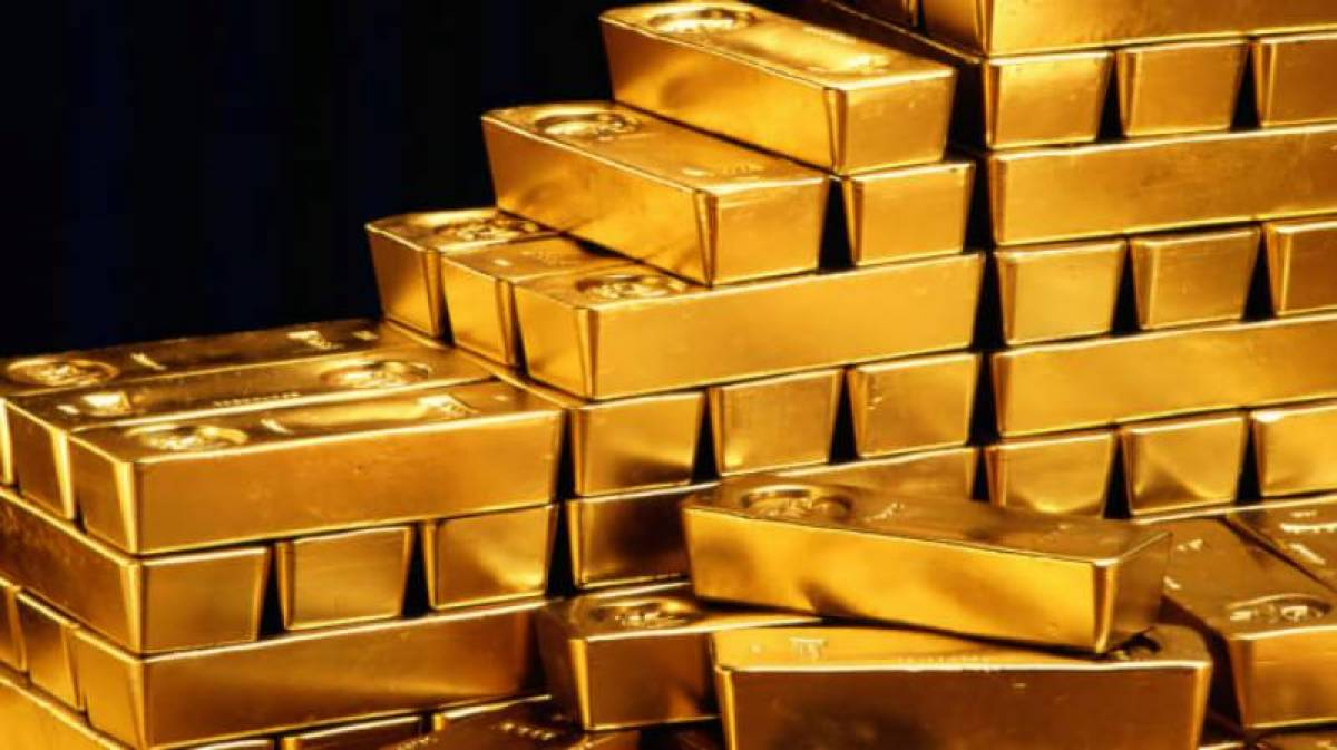 Gold price in Pakistan surges to Rs124,000 per tola
