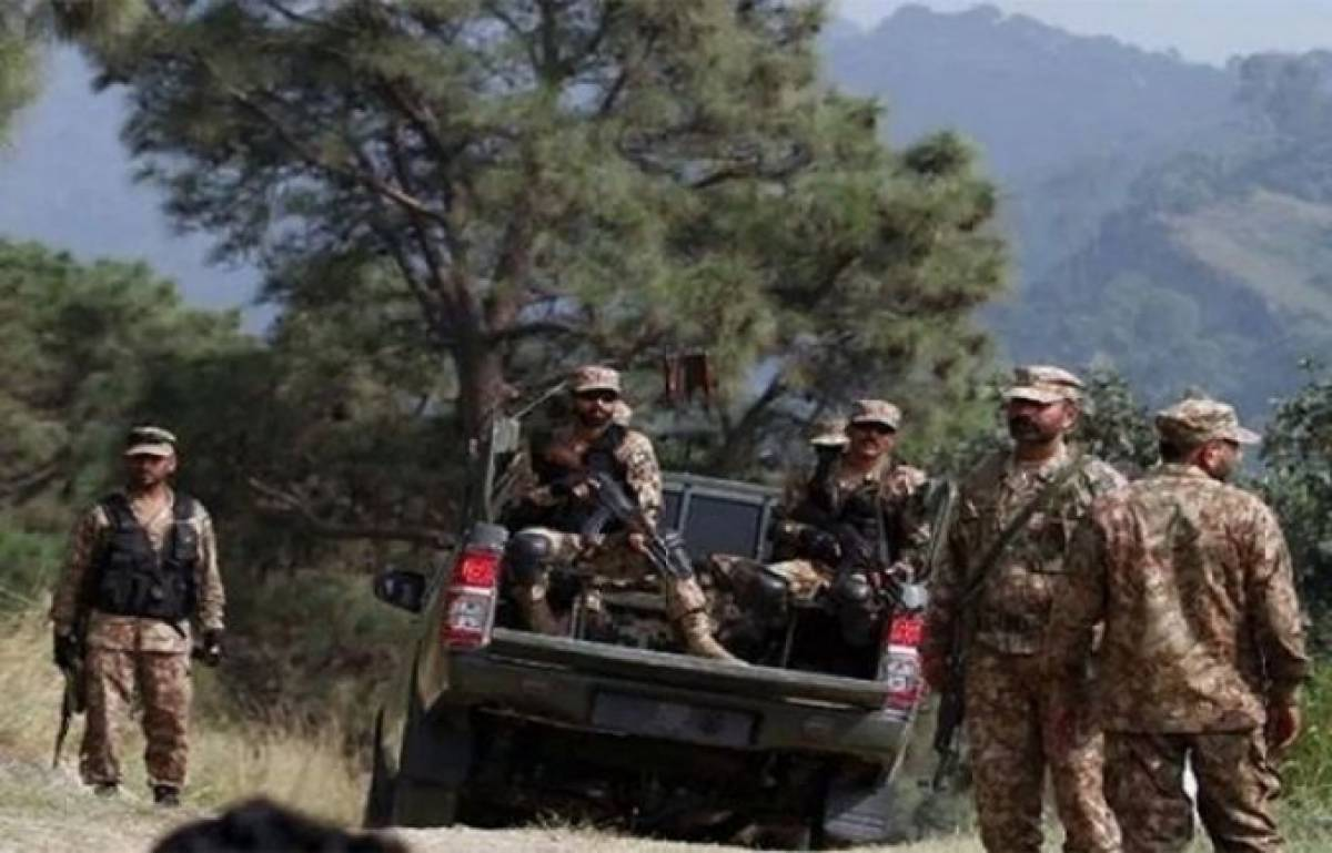 Two soldiers martyred, four terrorists killed in North Waziristan