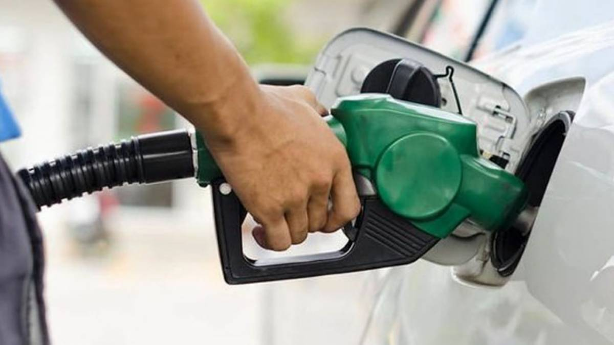 Petrol price goes up by Rs5 per litre