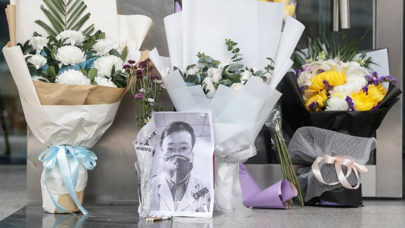 Death of Chinese doctor fuels anger, demands for change