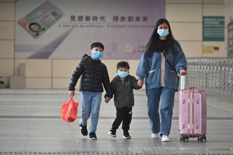 China virus deaths rise past 800, overtaking SARS toll