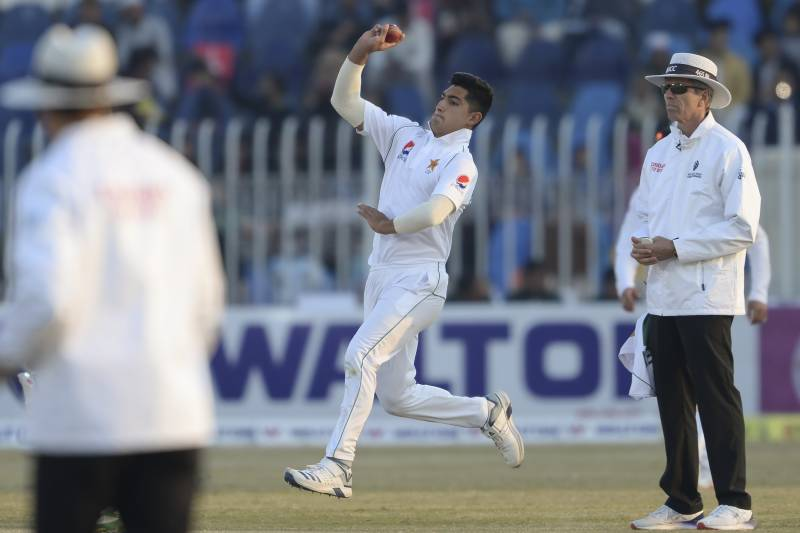 Defeat stares in Bangladesh face in first Test