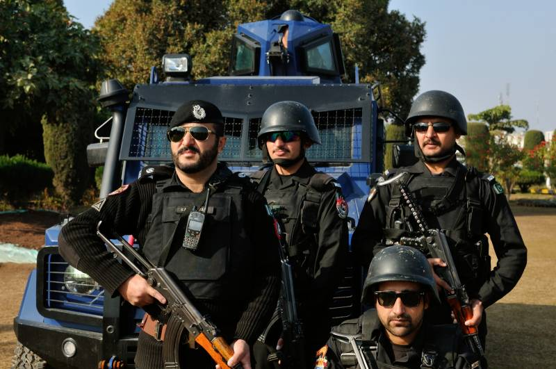 Polio cop martyred in DI Khan bomb attack