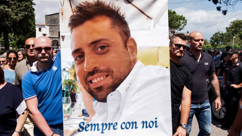 US students accused of Italy cop murder brace for trial