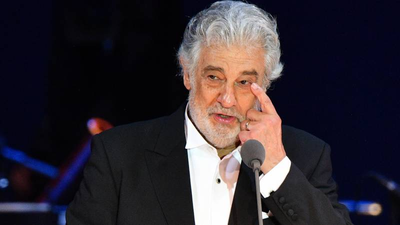Opera star Domingo 'truly sorry' over sexual harassment