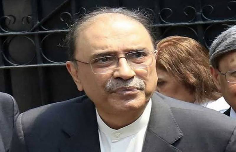 Zardari sees early defeat to misogynistic approach