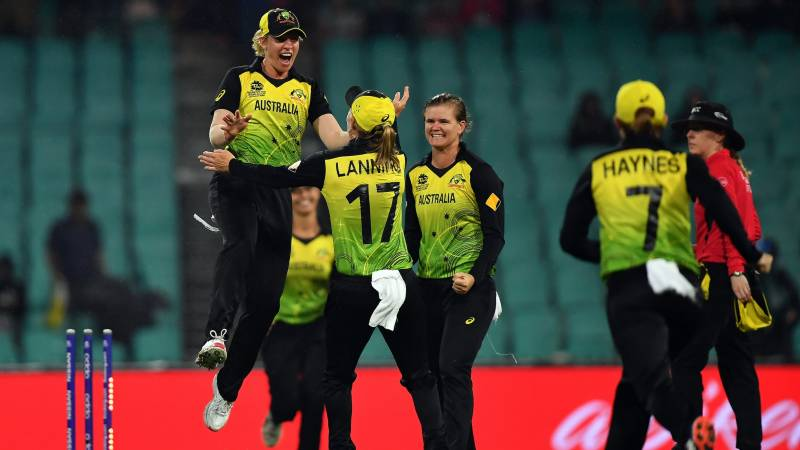 Australia beat South Africa to make women's T20 World Cup final