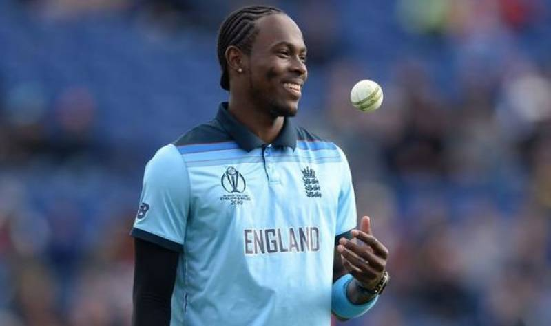 England paceman Archer extends contract with Sussex