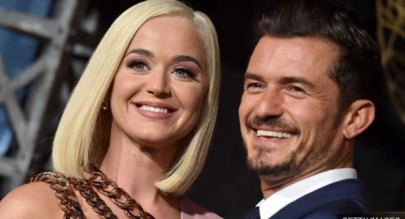 Katy Perry reveals pregnancy in music video