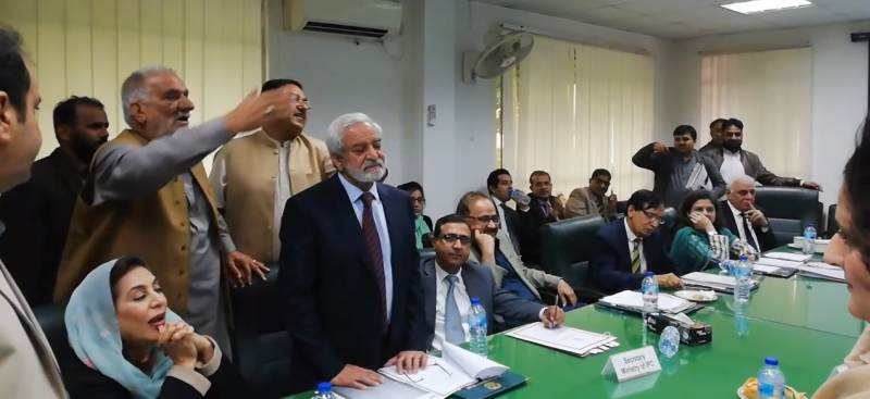 Lawmakers spar with PCB chief over no free PSL tickets