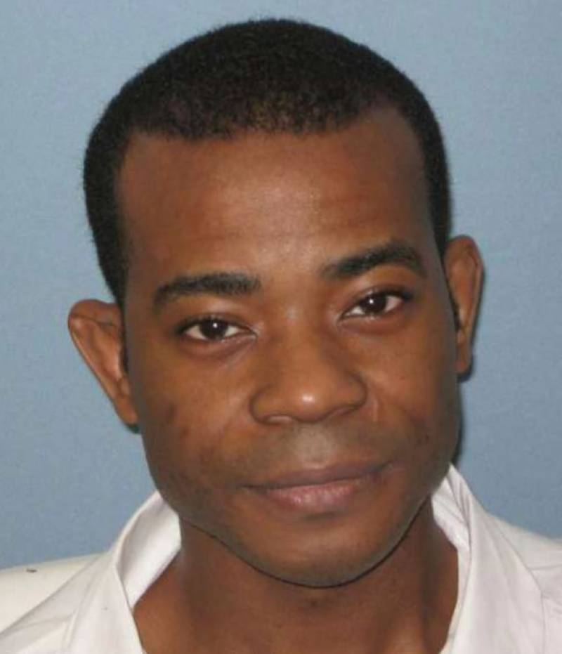US man executed for triple police murder