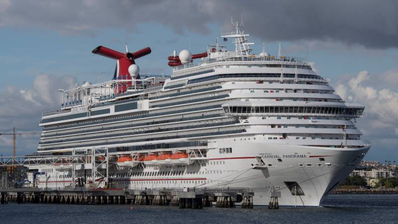 'Get us off this ship' pleads passenger on virus-hit cruise liner
