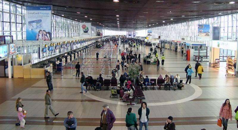 Armed gang steal $15 million in Chile airport heist