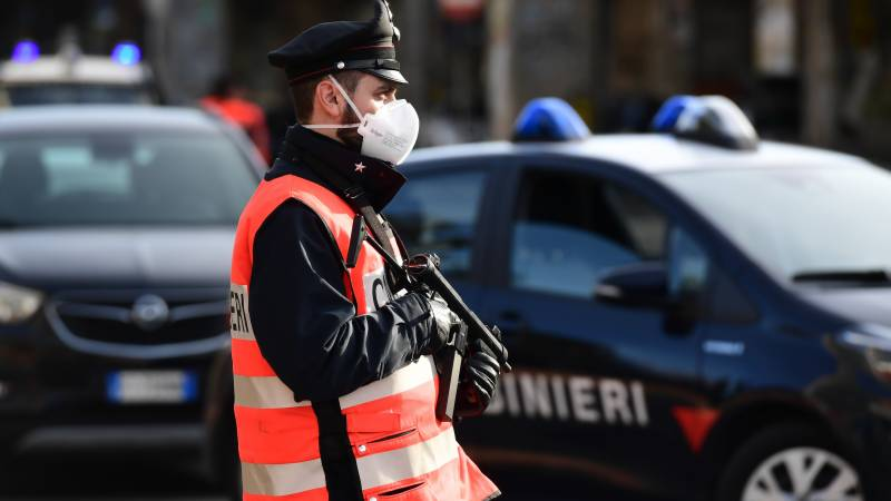 Italy sees 168 coronavirus deaths, toll outside China over 1,000