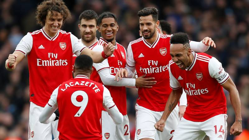 Arsenal players quarantined as Premier League suffers first postponement