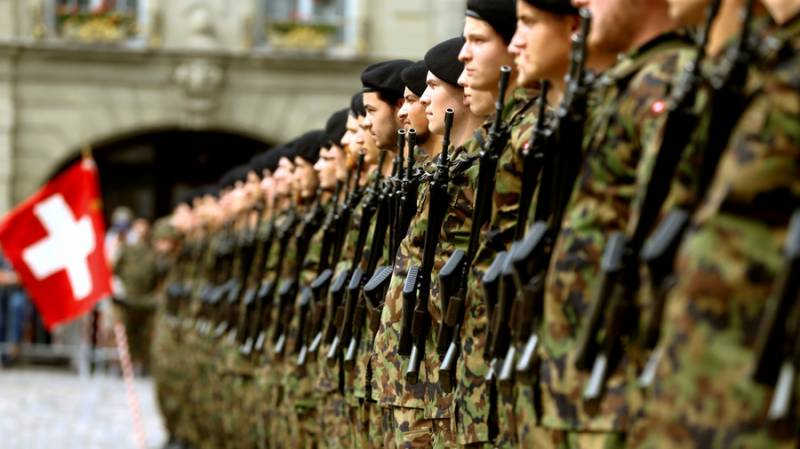 Swiss army says preparing to deploy to assist virus fight