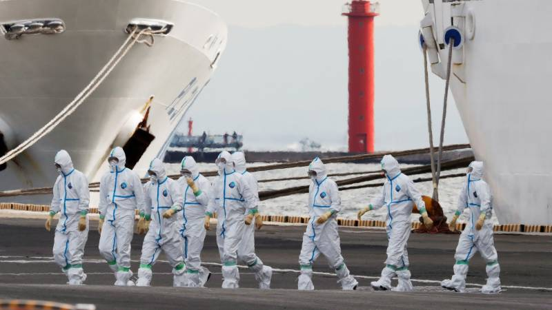 US Navy reports first suspected virus case on ship