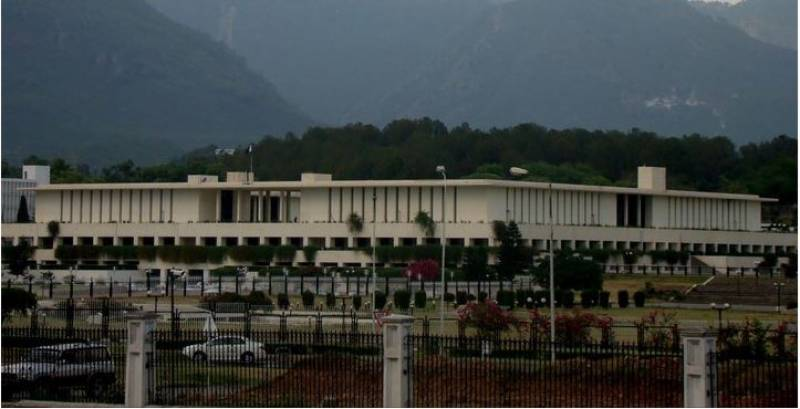 10 federal govt officers transferred, posted