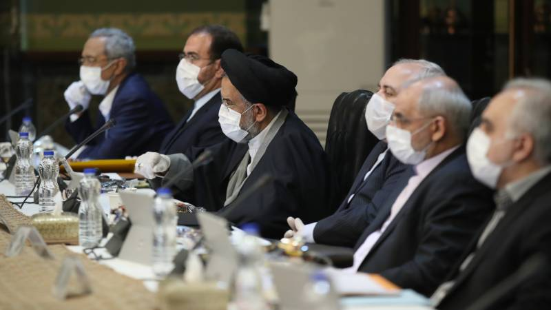 Iran in record virus deaths as calls mount for stricter curbs