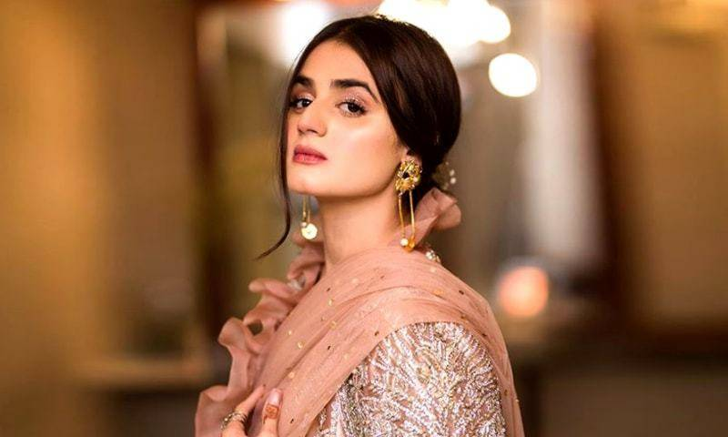 Hira Mani donates free ration and medicines to people in lockdown