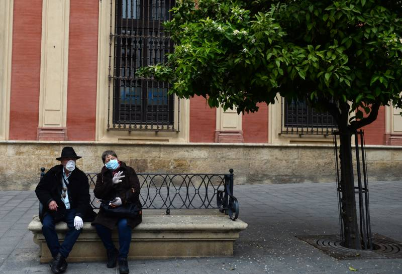 Spain moves to extend state of emergency as virus deaths soar