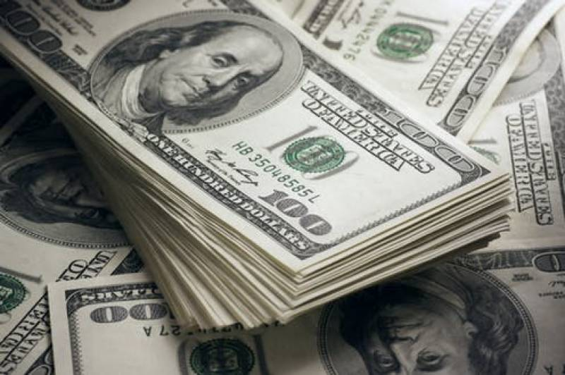 Dollar shatters previous records, closes the day at Rs166.13