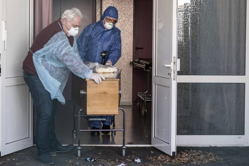 France reports 357 new coronavirus hospital deaths, total now 8,078