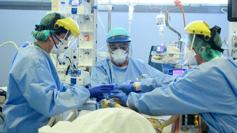 Italy's virus deaths rise to 636 after big drop