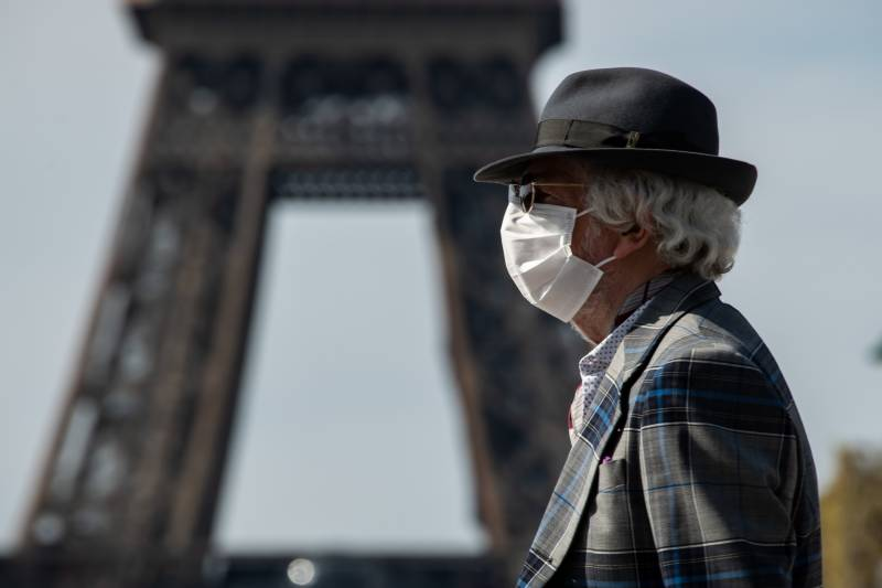 France coronavirus deaths now exceed 10,000: official