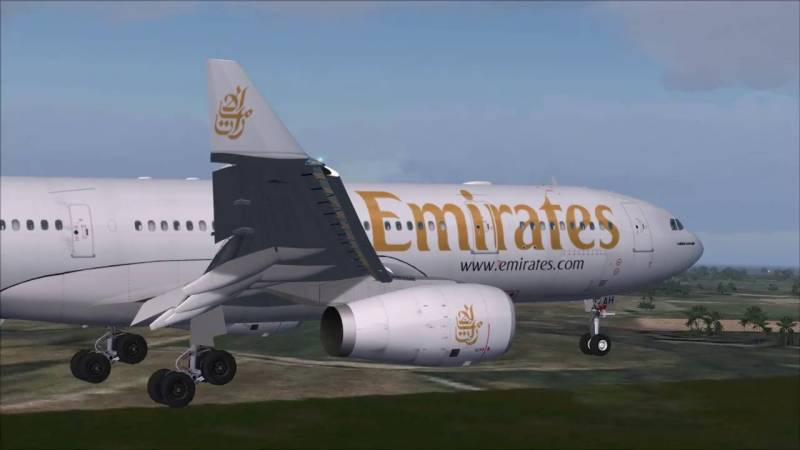 Emirates Airline reunites German girl with family