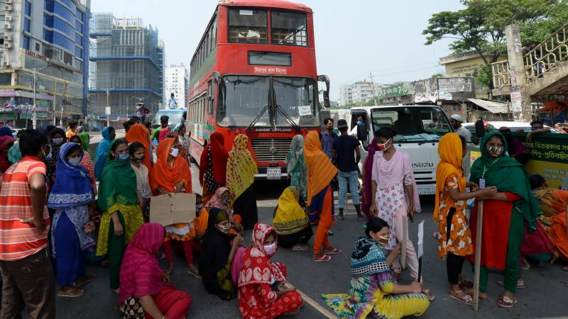 'Starving' Bangladesh garment workers protest for pay during lockdown