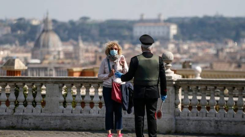 Woman fined for taking turtle for a walk in Rome