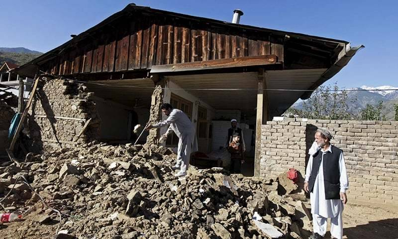 Three sisters dead as wall collapses in Khanpur