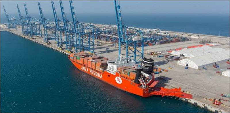 Pakistan allows transit of Afghan cargoes from Gwadar Port