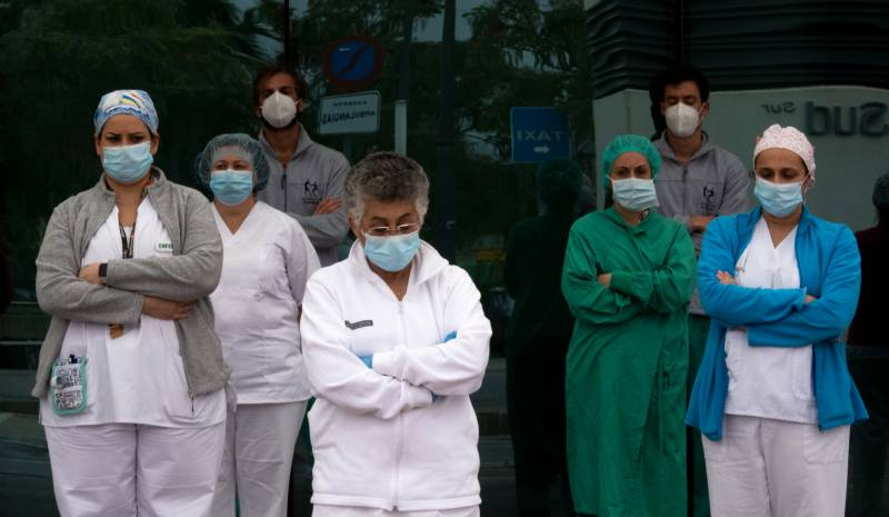 Spain sees sharp drop in daily virus death toll