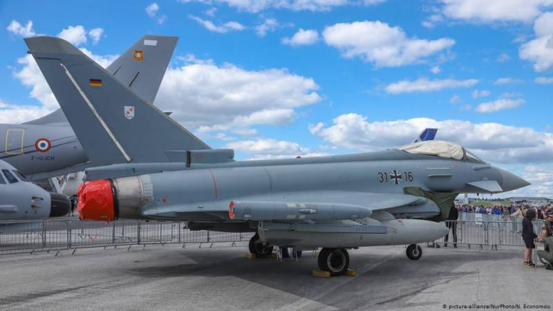 Germany to buy Airbus and Boeing fighter jets