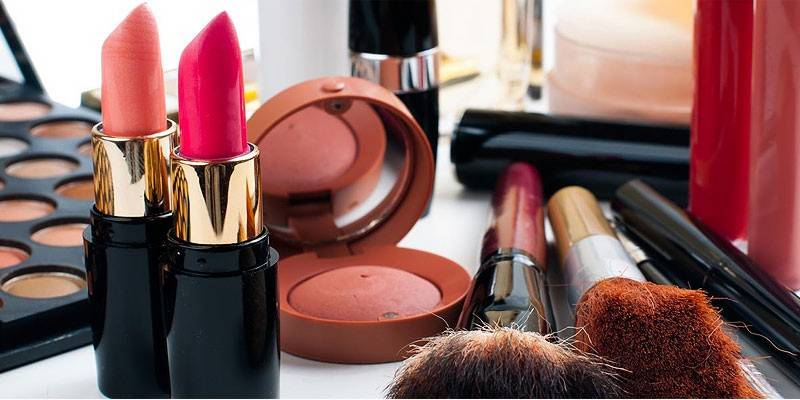 Cosmetics sale down, alcohol demand up