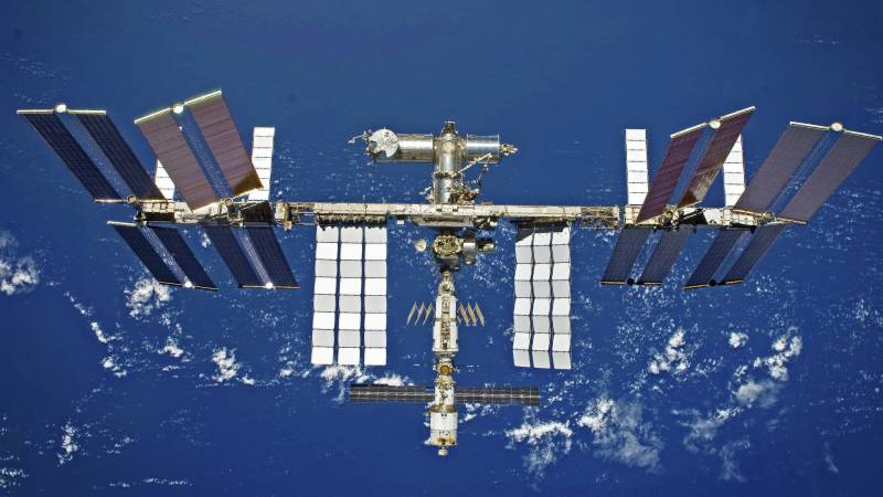 Russian cargo capsule docks with ISS