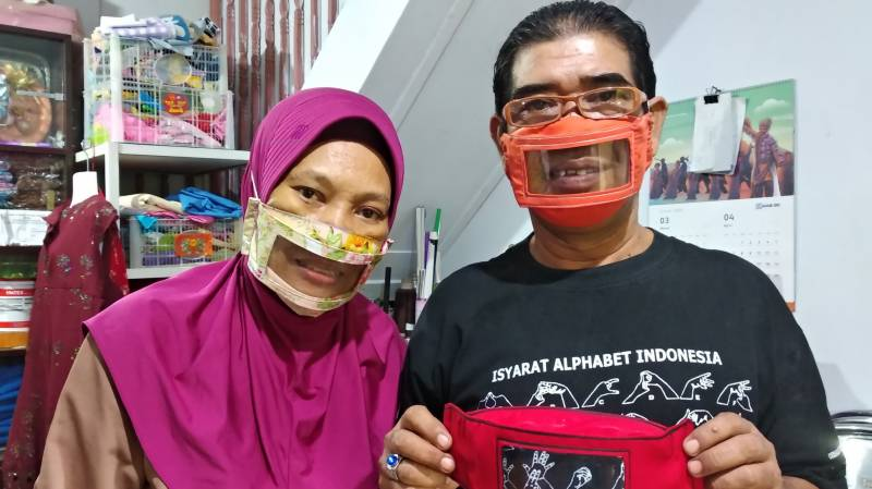 See-through solution: deaf Indonesians turn to clear virus masks