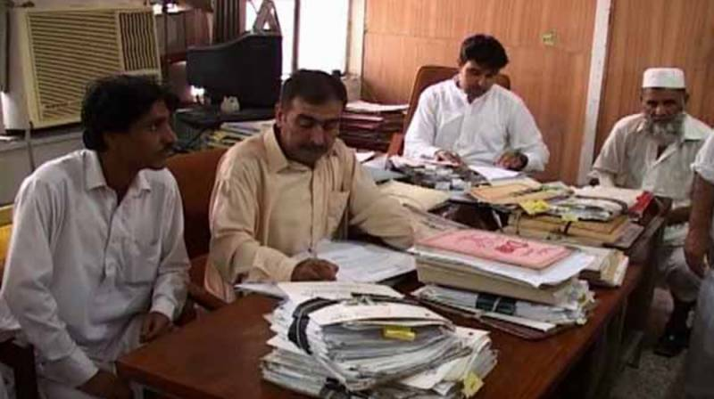 Govt employees to get salaries, pensions before Eid