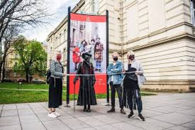 Artists launch 'Mask Fashion Week' in Lithuania