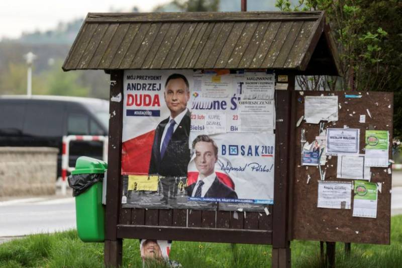 Zero turnout as Poland holds bizarre ghost election