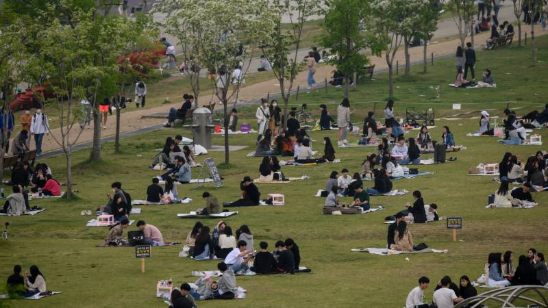 Nightlife cluster gives S. Korea largest case rise in a month