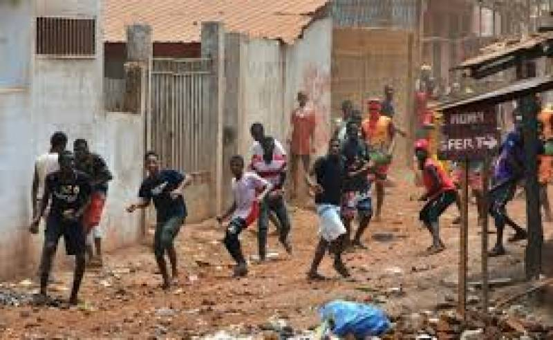 Six Guineans killed in clashes with police during virus protests