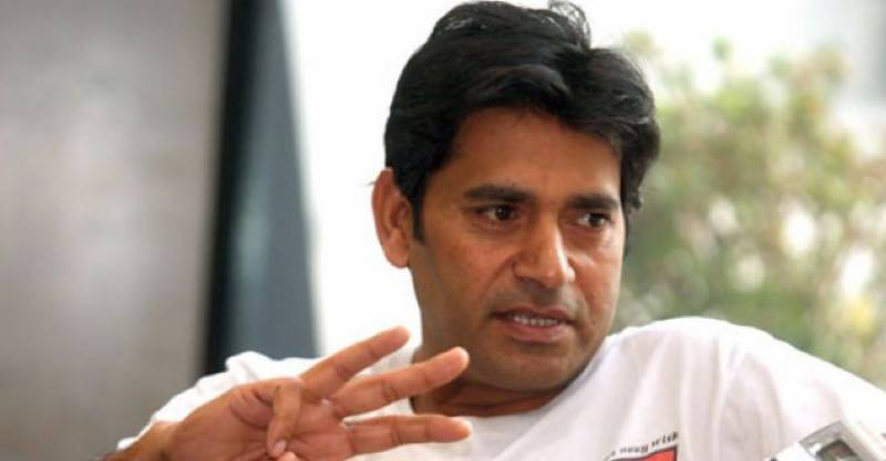 Aaqib Javed calls for resumption of cricket
