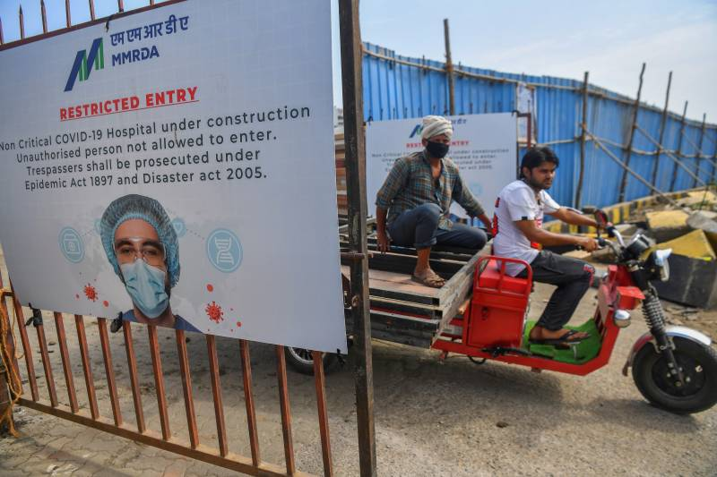 No beds, packed morgues: Mumbai hospitals near collapse