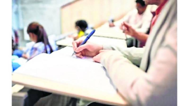 Universities decide against promoting medical students without exams