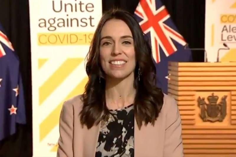 New Zealand PM unruffled as quake hits mid-interview